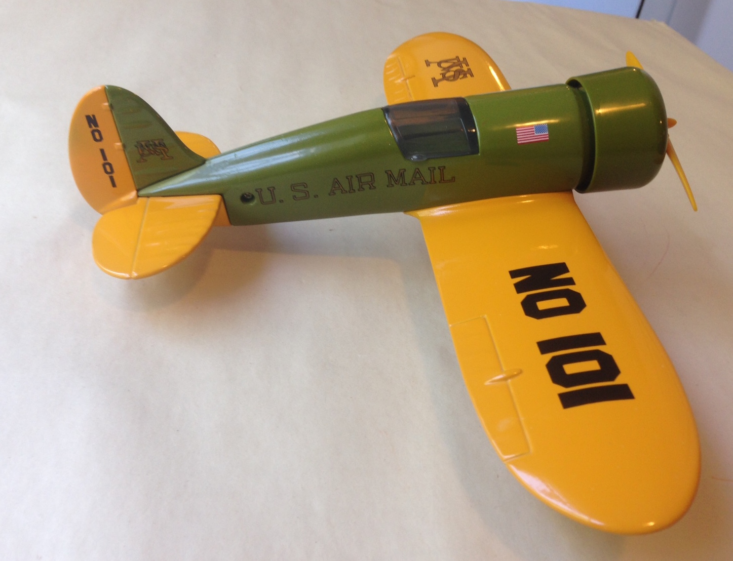 U.S. Mail # 101 Airplane Coin Bank 1:32