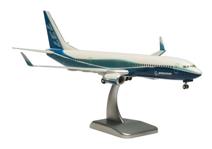 Boeing 737-900ER House Colors (1:200) With Gear & Winglets
