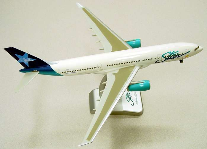 Star Airlines A330-200 W/Gear(1:200)