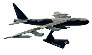 B-52 Stratofortress (1:300)