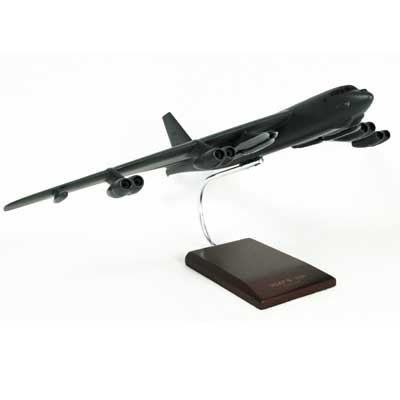 B-52H Stratofortress (1:100)