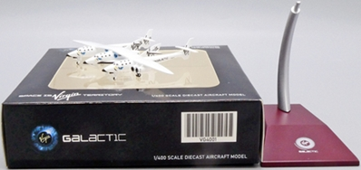 Virgin Galactic White Night Two with Spaceship Two N348MS (1:400 Scale)