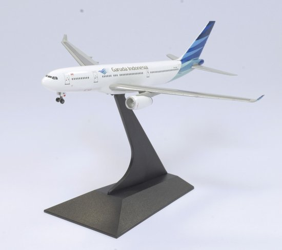 "Garuda Indonesia A330-200 ""New Livery"" (1:400)"