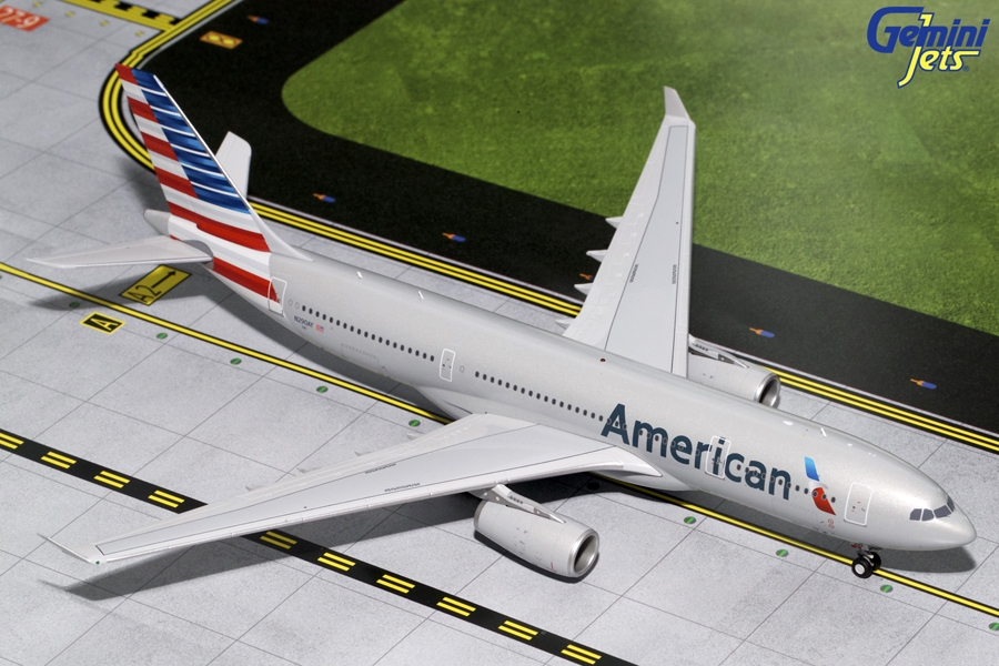 American Airlines A330-200 N290AY (1:200)