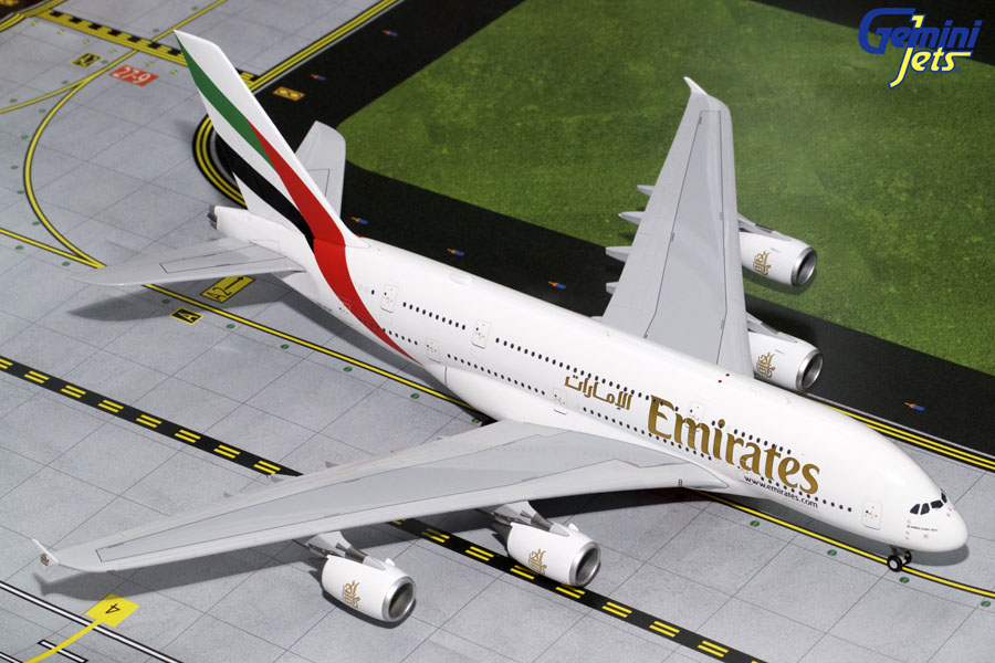 Emirates A380-800 A6-EUF (1:200)
