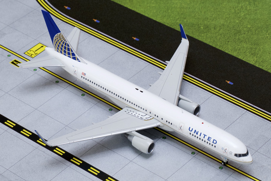 United B757-200 winglets N598UA (1:200)