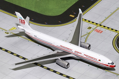TAP Air Portugal A330-300 Retro Livery CS-TOV (1:400) - Preorder item, Order now for future delivery