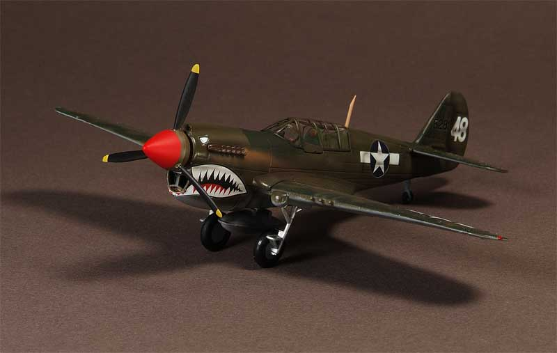 "P-40N Warhawk, AVG 74th Squadron ""Flying Tigers"" 1944 (1:72)"