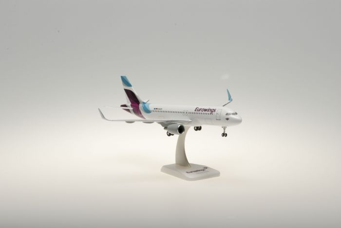 Eurowings A320 D-AIZV (1:200) by Hogan Wings Collectible Airliner Models item number: HGEW01