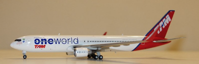 TAM Brasil 767-300 PT-MOC (1:400) by JC Wings Diecast Airliners