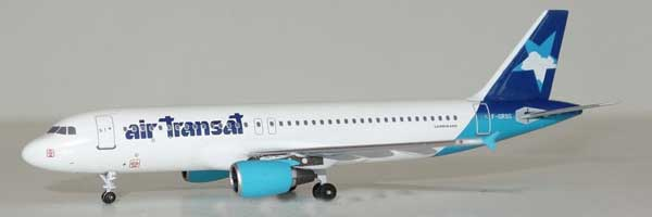 "Air Transat A320-200 F-GRSG ""1990s Hybrid Colors"" (1:400), AeroClassics Models Item Number AC19298"