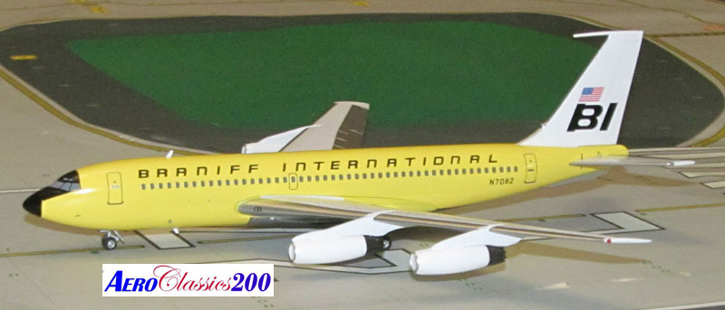 "Braniff International B720 N7082 ""Yellow"" (1:200), Western Models Item Number AC2BNF1215D"