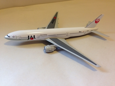 JAL Japan Airlines B 777-246 1:400, DragonWings 400 Diecast Airliners Item Number DRW61406