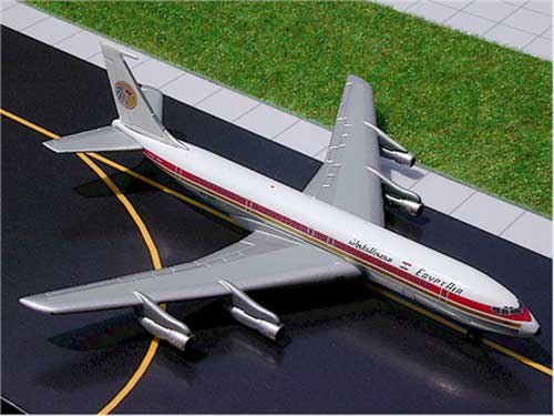 EgyptAir B707 (1:400) - in metal tin box - SkyJets