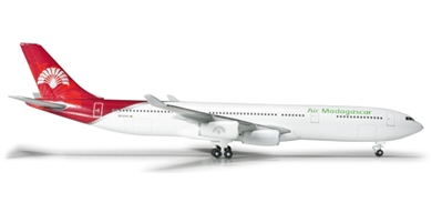 Air Madagascar A340-300 (1:500)