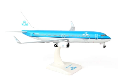 "KLM 737-800W (1:200) With Gear ""PH-BXU"", Hogan Wings Collectible Airliner Models Item Number HG0731G"