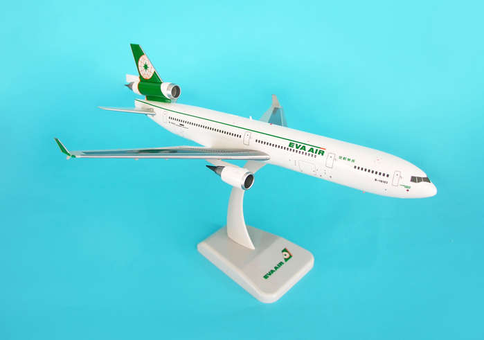 "EVA MD-11 ""Old Livery"" W/Gear (1:200), Hogan Wings Collectible Airliner Models Item Number HG3503G"