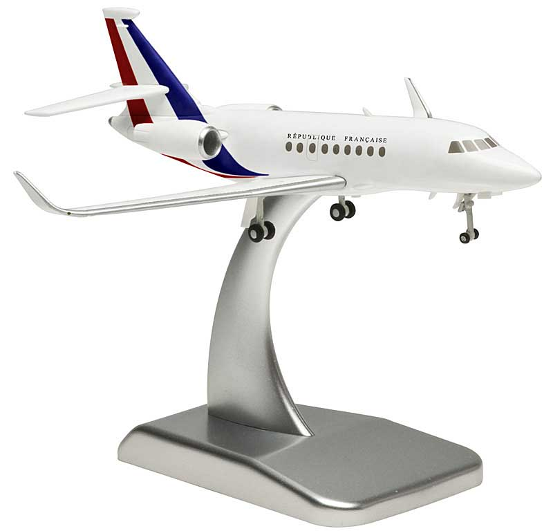 French Air Force Falcon 2000LX (1:200), Hogan Wings Collectible Airliner Models Item Number HG5842