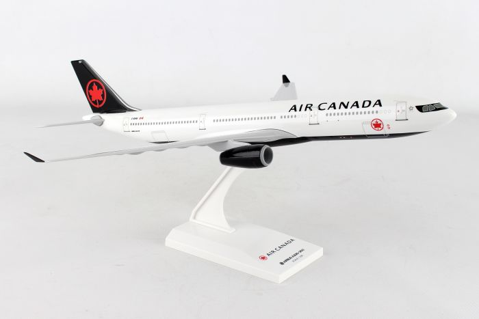 Air Canada A330-300 New 2017 Livery (1:200) by SkyMarks Airliners Models item number: SKR981
