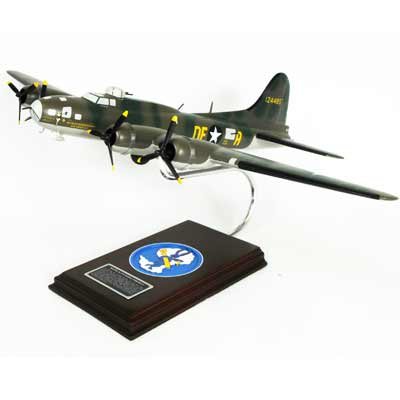 "B-17F Flying Fortress ""Memphis Belle"" (1:54)"