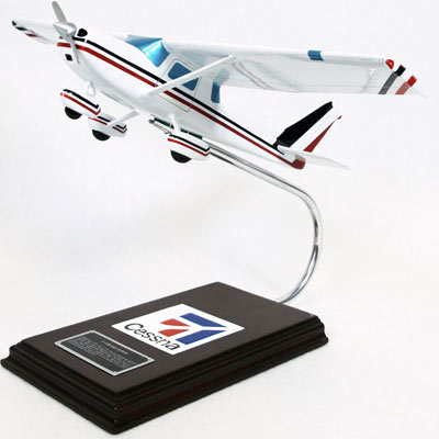 Cessna Model C-150/152 (1:24), TMC Pacific Desktop Airplane Models Item Number KC152TE