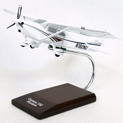 Cessna Model 182 Skylane (1:32), TMC Pacific Desktop Airplane Models Item Number KC182TR