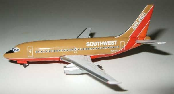 "Southwest 737-200 ""Old Colors"" (1:500), InFlight 500 Scale Diecast Airline models Item Number IF5732015"
