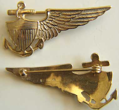 Navy Balloon Pilot Wing in Sterling w Gold Balloon, Navy Balloon, Blimp, Balloon wing, sterling balloon
