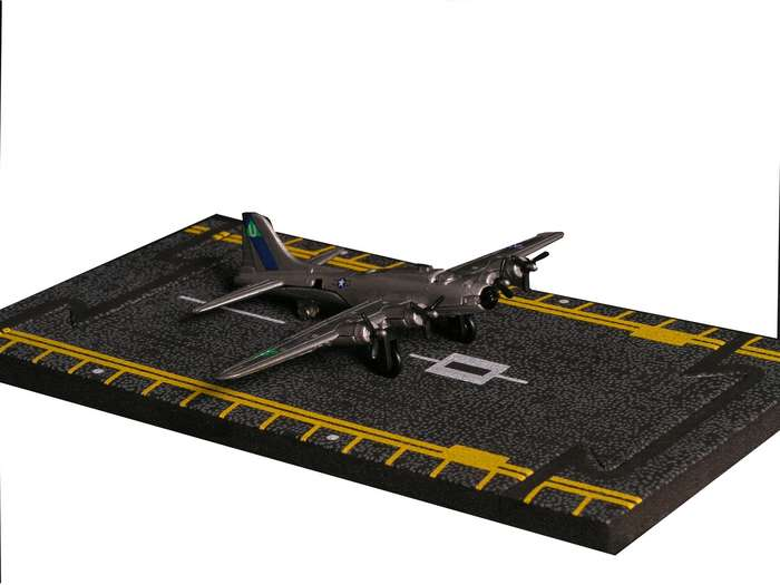 "B-17 Flying Fortress - Silver (Approx. 5""), Hot Wings Toy Airplanes Item Number HW17106"