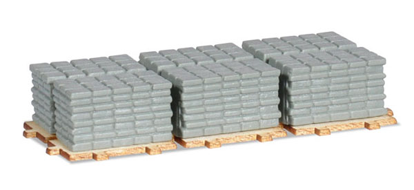 Concrete Side Walk Squares on a Pallet (1:87),  Item Number HE053617
