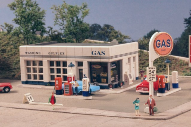 N Scale Crafton Avenue Service Station, City Classics Item Number CIT401