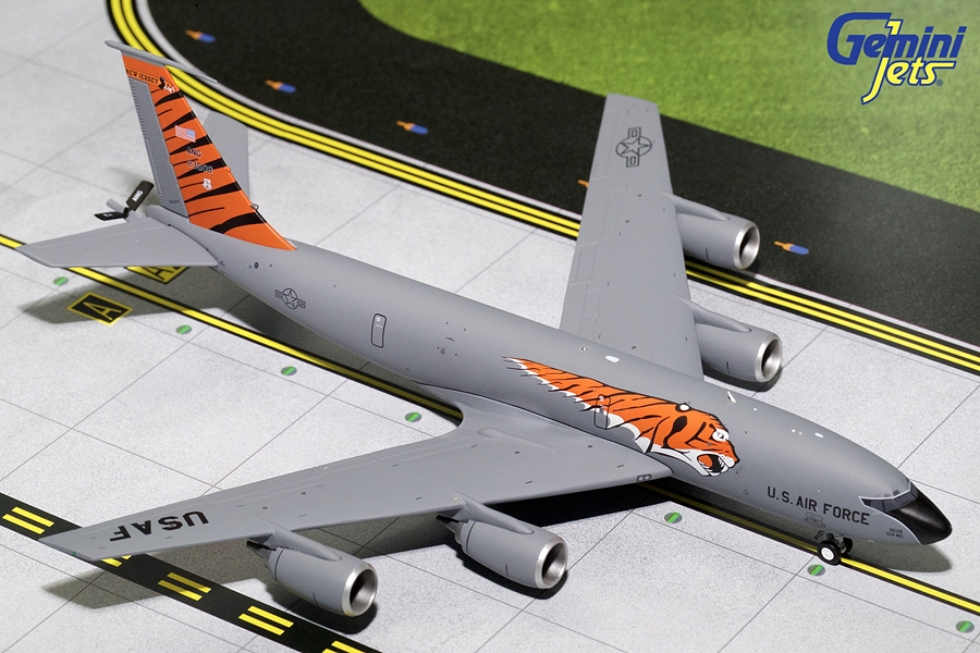 USAF KC-135R New Jersey ANG, Tiger Livery 23508 (1:200)