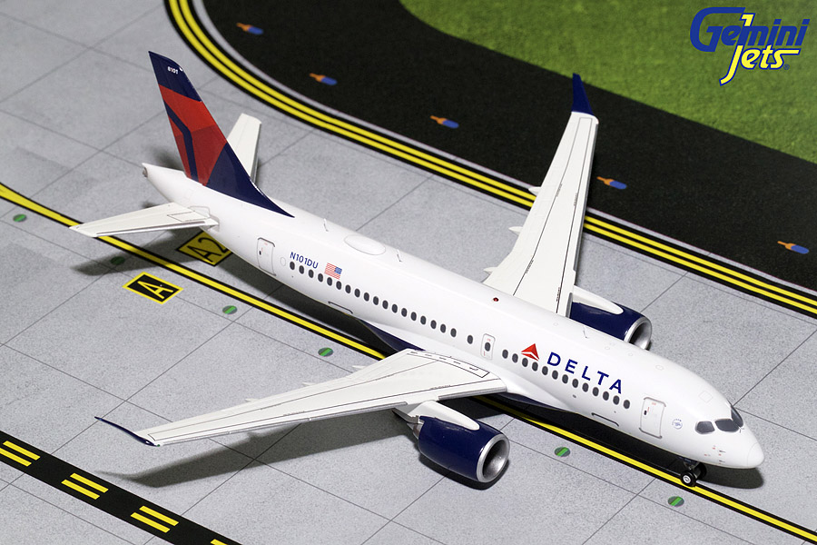 Delta Airlines CS100 N101DU (1:200) - New Mould, GeminiJets 200 Diecast Airliners Item Number G2DAL701