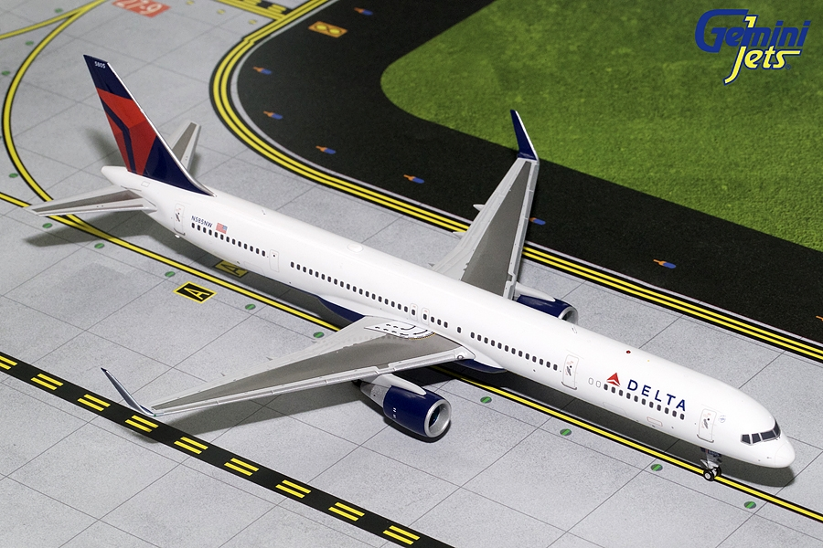 Delta Airlines B757-300 Winglets N585NW (1:200)