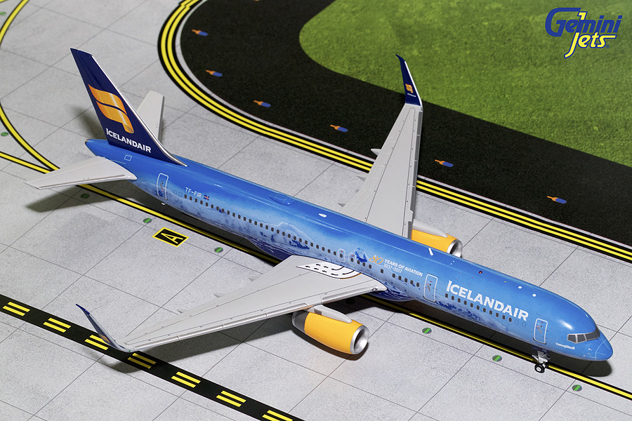 "Icelandair B757-200 with Sharklets ""80th Anniversary"" TF-FIR (1:200) - Second Printing due in September"