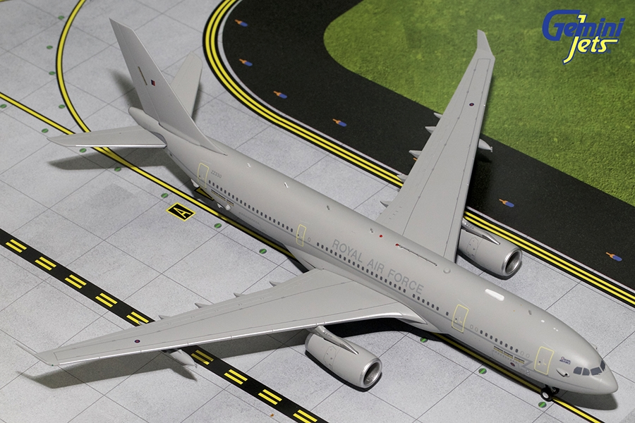 Royal Air Force MRTT Tanker A330-200 ZZ330 (1:200) New Mould, GeminiJets 200 Diecast Airliners Item Number G2RAF610