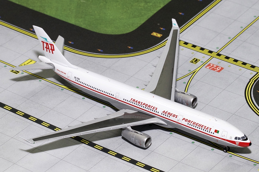 TAP Air Portugal A330-300 Retro Livery CS-TOV (1:400), GeminiJets 400 Diecast Airliners Item Number GJTAP1685