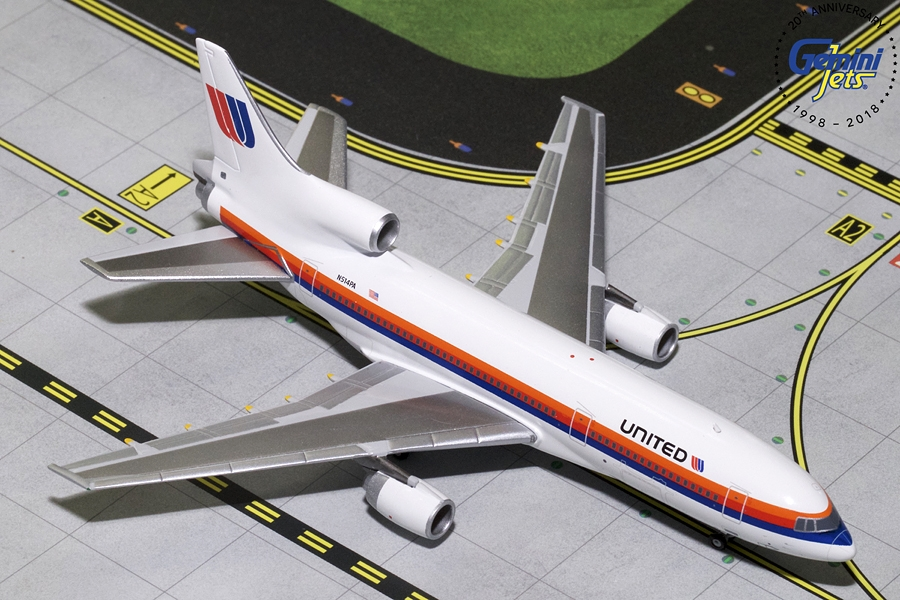 "United L-1011-500 ""Saul Bass Livery"" N514PA (1:400) - Preorder item, order now for future delivery"