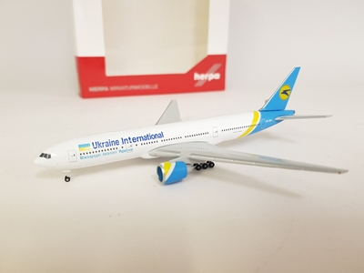 Ukraine International Airlines Boeing 777-200 UR-GOA (1:500) - , Herpa 1:500 Scale Diecast Airliners Item Number HE531122