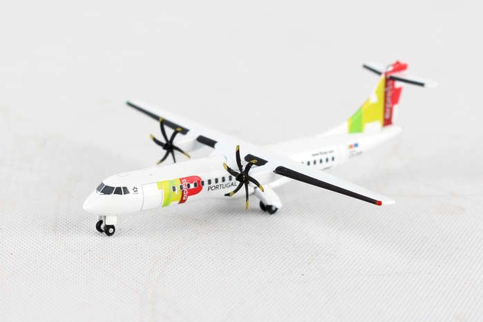 TAP Air Portugal Express ATR-72-600 CS-DJA (1:500), Herpa 1:500 Scale Diecast Airliners Item Number HE530064