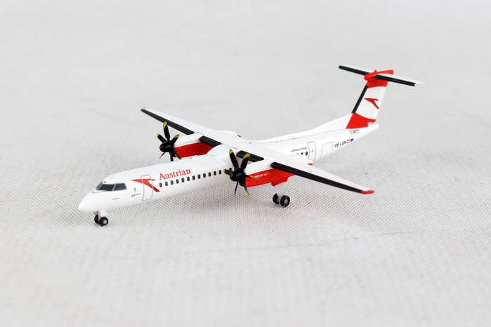 "Austrian Airlines Bombardier Q400 - OE-LGN ""Gmunden"" (1:500), Herpa 1:500 Scale Diecast Airliners Item Number HE530910"