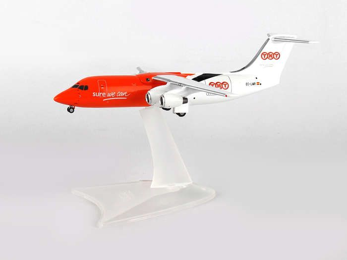 "TNT (Pan Air) BAE-146-300QT EC-LMR ""Sure We Can"" (1:200), Herpa 1:200 Scale Diecast Airliners Item Number HE557320"