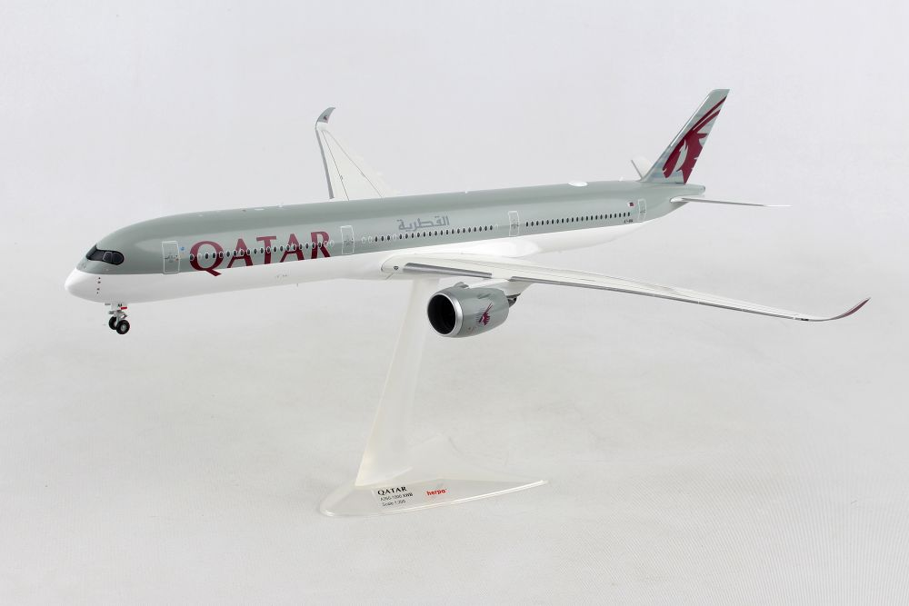 Qatar Airways Airbus A350-1000 A7-ANA (1:200), Herpa 1:200 Scale Diecast Airliners Item Number HE559232