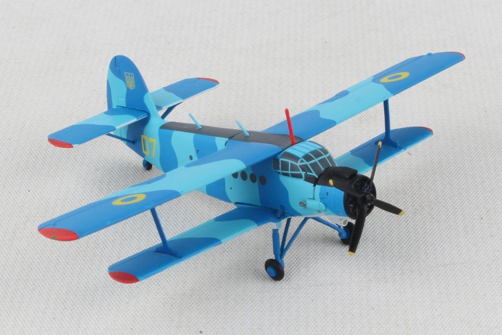 Ukrainian Navy Antonov AN-2 - Naval Aviation Squadron, Kulbakino Air Base  (1:200), Herpa 1:200 Scale Diecast Airliners, HE559713