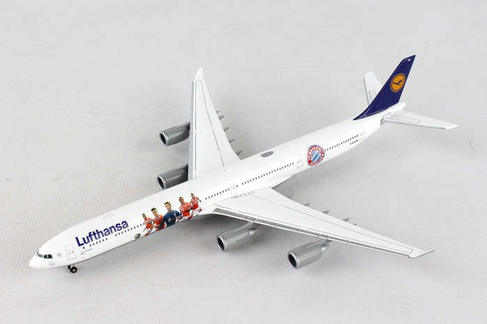 Lufthansa 340-600 FC Bayern Audi Summer Tour 2016 (1:400) D-AIHK, Herpa 1:400 Scale Diecast Airliners Item Number HE562553
