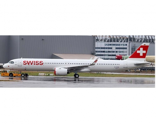 Swiss Air A321NEO HB-JPA with Stand (1:200)