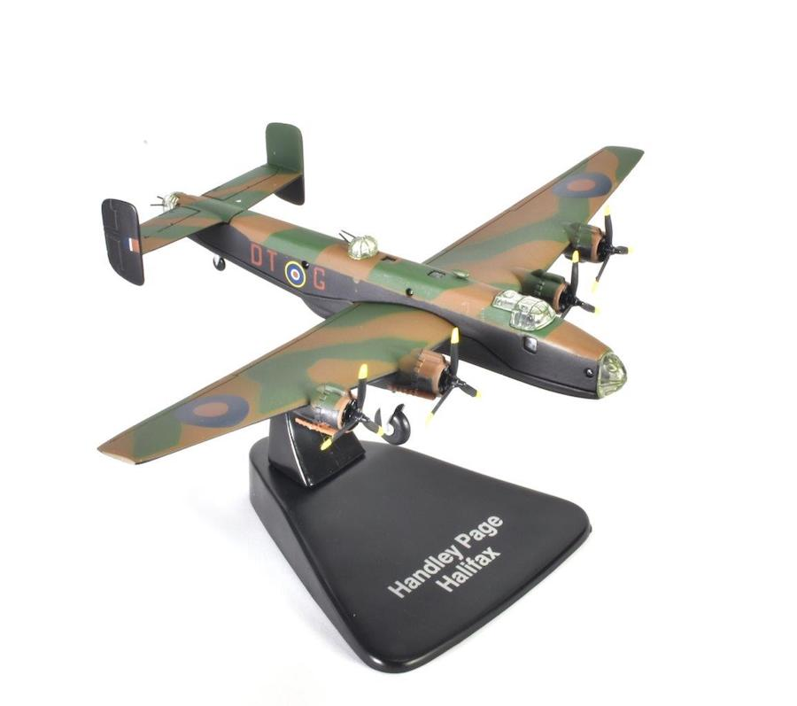 "Handley Page Halifax B Mk.III, ""Sleepy Gal, 192 Squadron, Royal Air Force (1:144)"