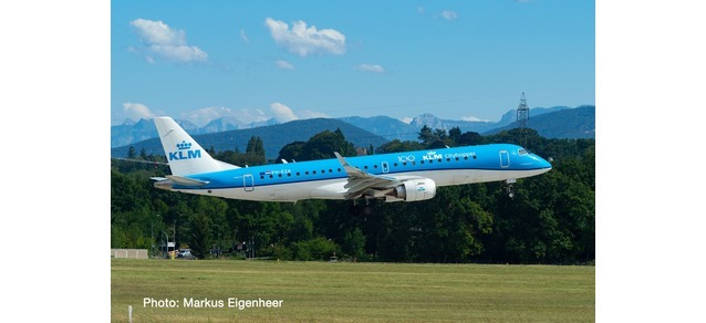 KLM City Hopper Embraer ERJ-190 PH-EZA (1:200)