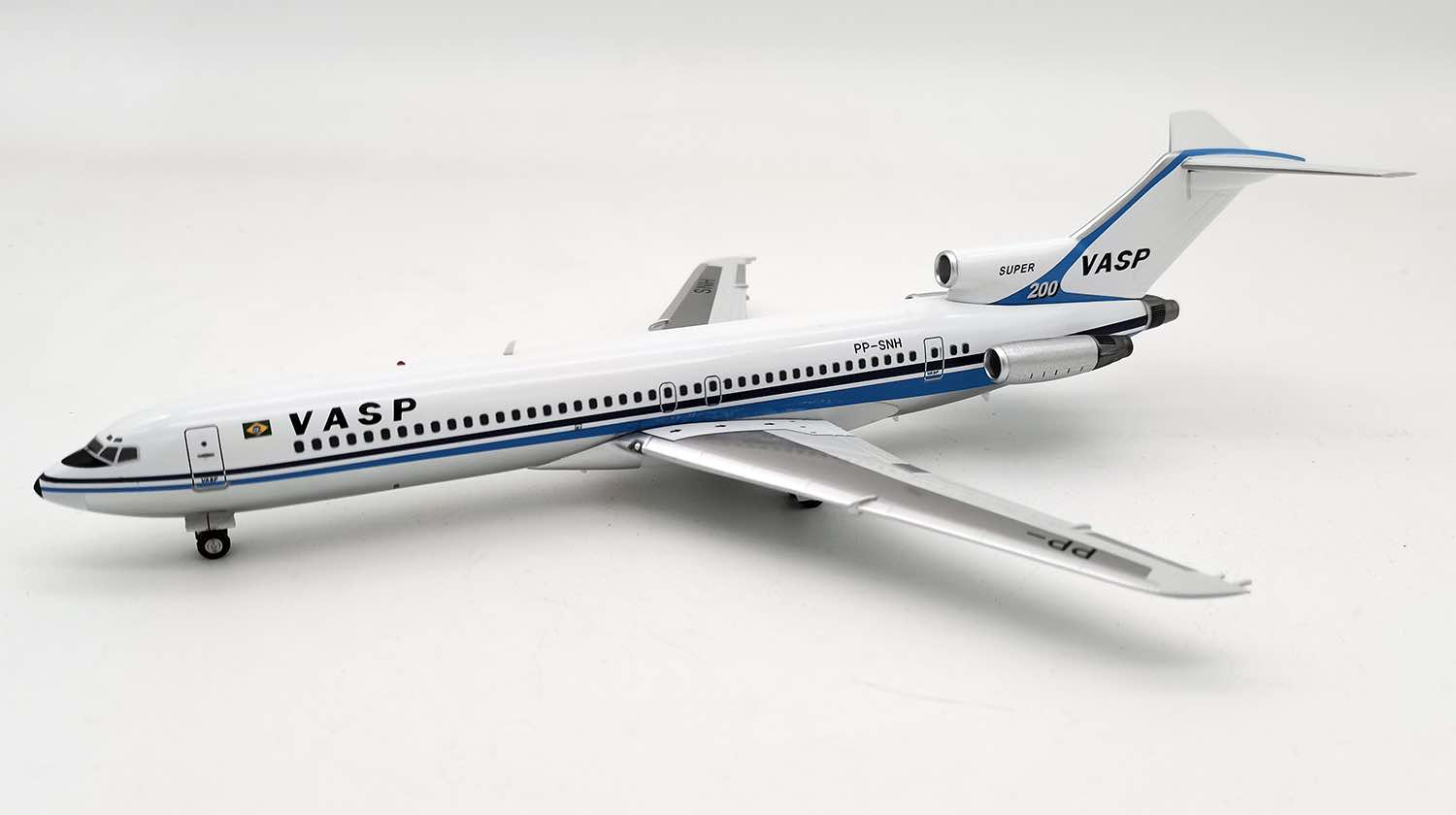 "VASP 727-200 PP-SNH ""Super 200"" with stand, polished belly (1:200)"