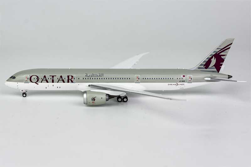 Qatar Airways 787-9 Dreamliner A7-BHG (1:400)